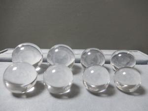 白水晶丸玉